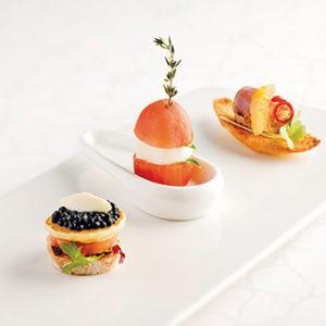 casati-budapest-hotel-concierge-restaurant